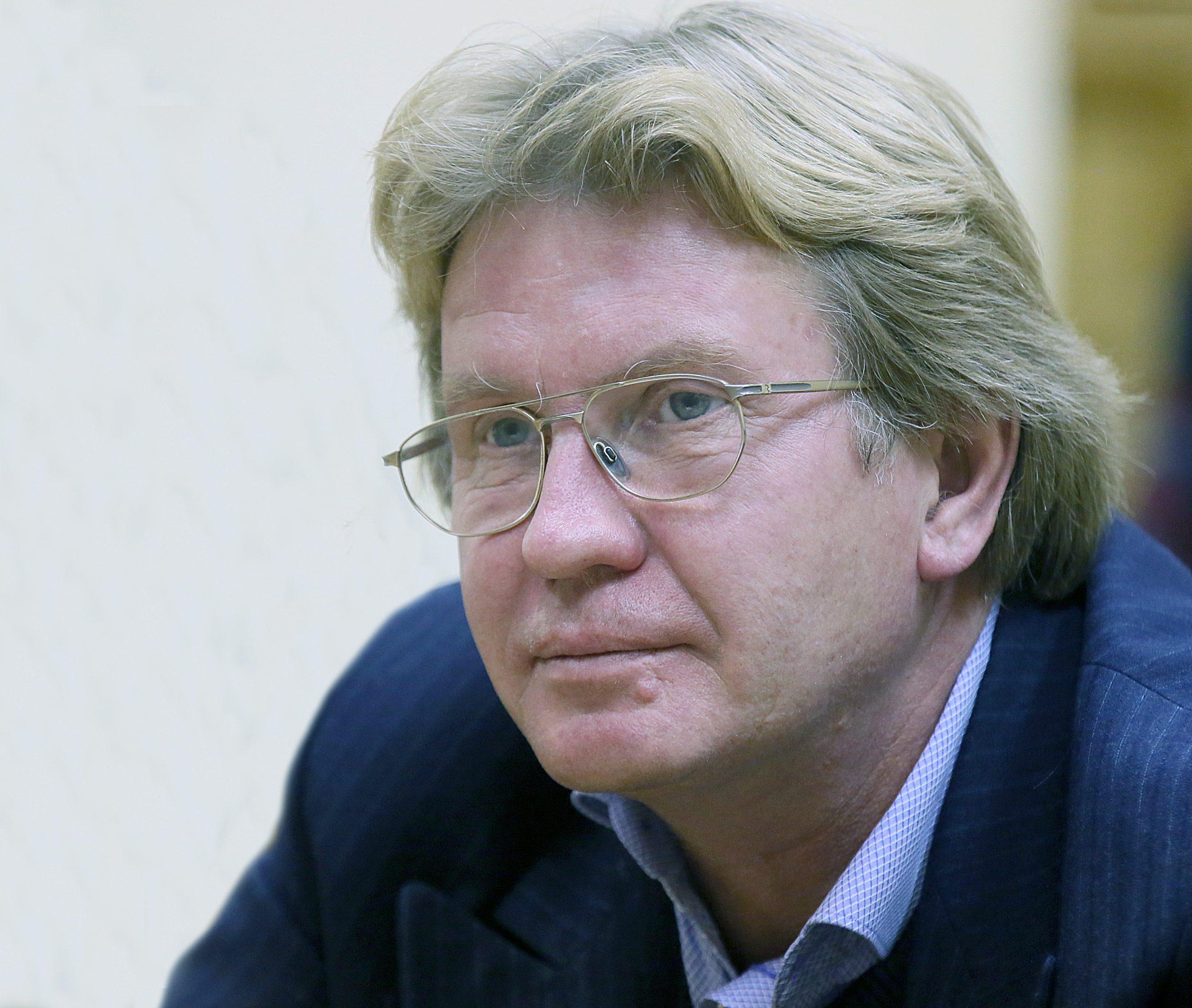 Юбилей профессора В.В.Власова